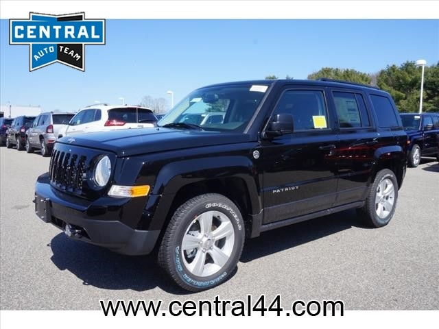 New 2016 Jeep Patriot Latitude