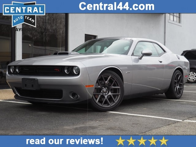 Certified Pre-Owned 2017 Dodge Challenger R/T Shaker